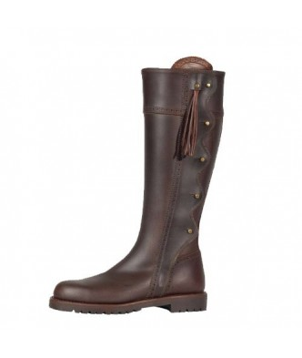 HUNTING BROOCHES BOOTS